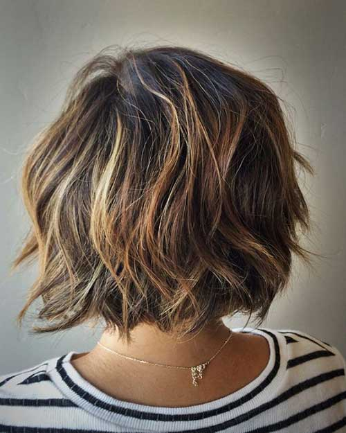 Short Haircuts Wavy Hair