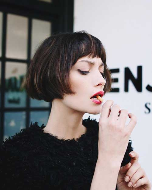 Short Hairstyles with Bangs-12