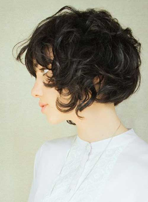 18.Hairstyle for Short Hair with Bangs