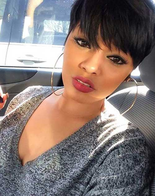 19.Short Hairstyle for Black Women
