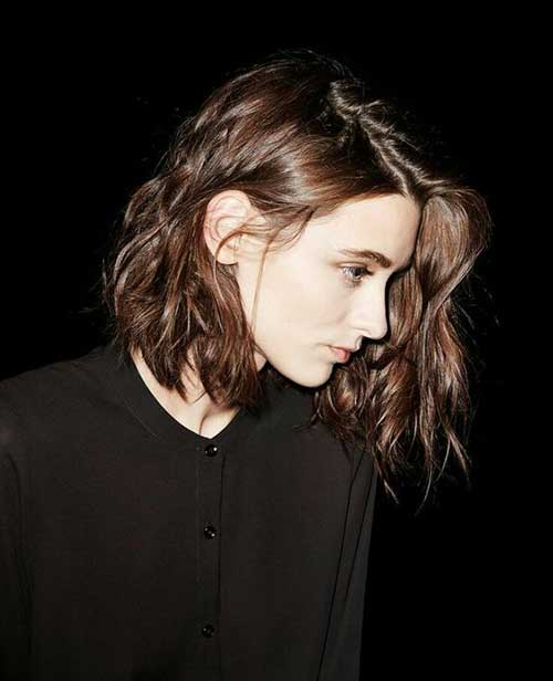 20.Picture of Womens Short Haircut