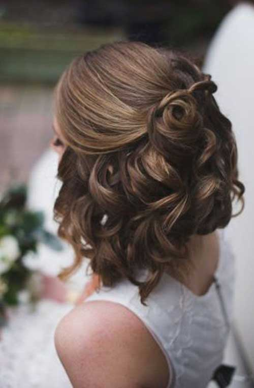 Cute Hairstyles for Short Hair-14