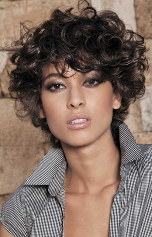 Short Curly Hairstyles-15