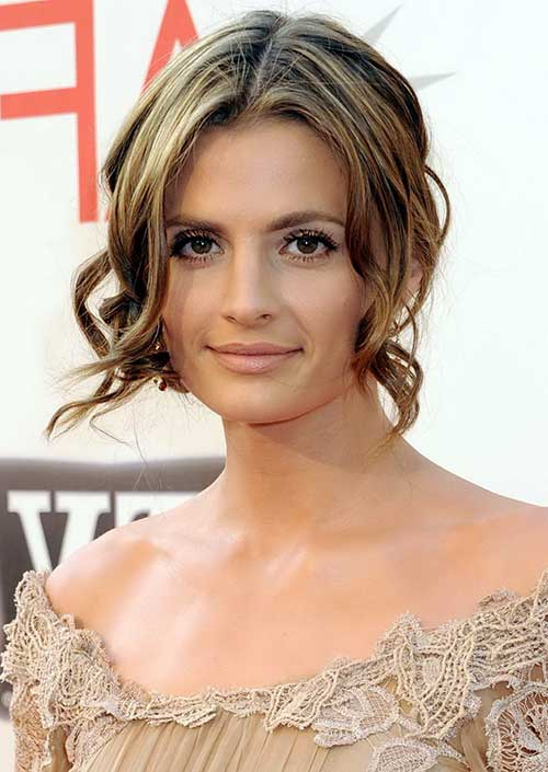 Hairstyles for Girls with Short Hair-17