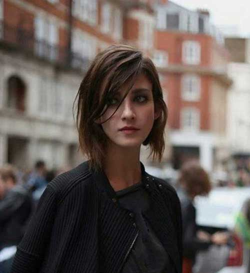 Medium Short Haircuts-8