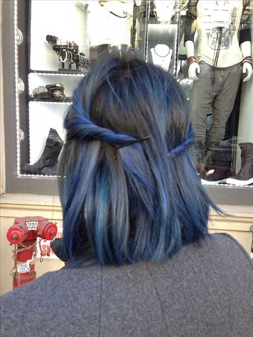 8.Short Updo Hairstyle
