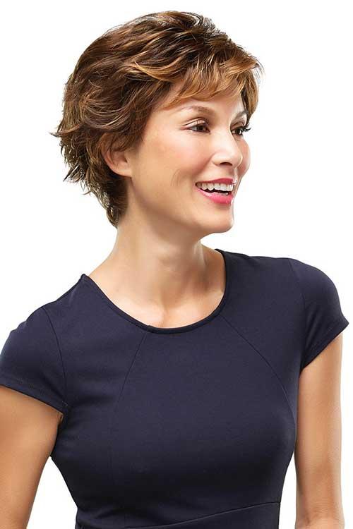 15.Pixie Hair Cut