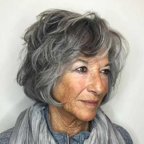 Short Hairstyles for Older Women-6