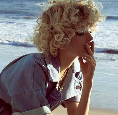 10.Curly Short Hairstyle
