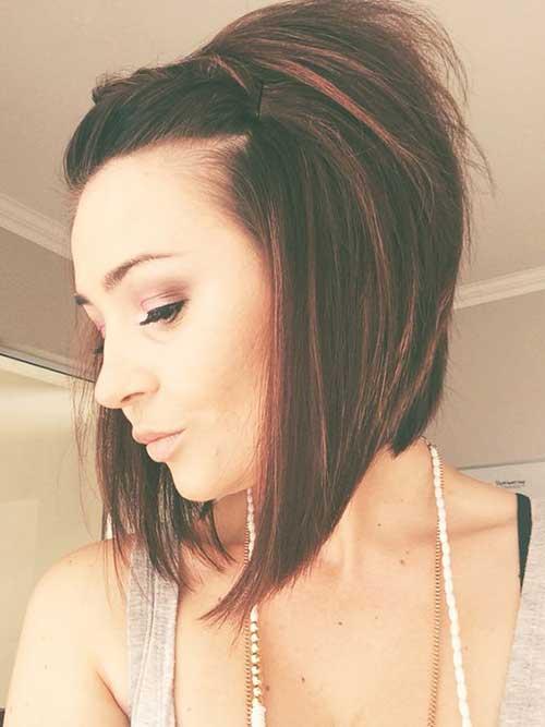15.Short Haircut for Women Over 40