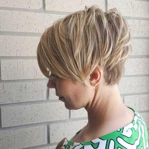 15.Short Layered Haircut