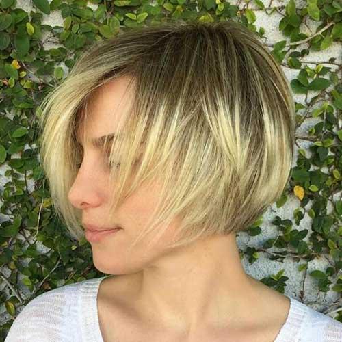 Short Layered Haircuts-7