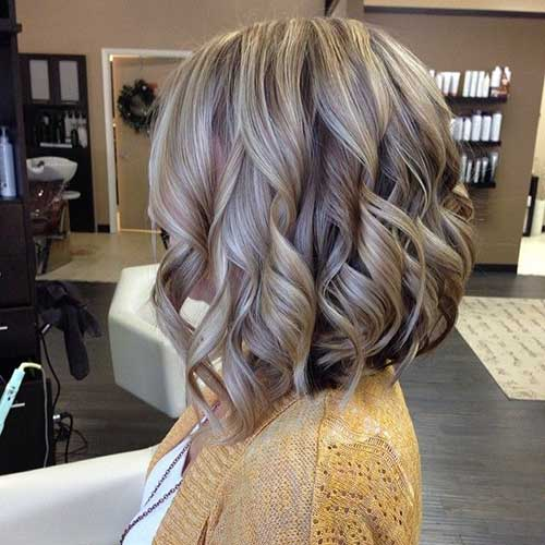 9.Curly Short Hairstyle