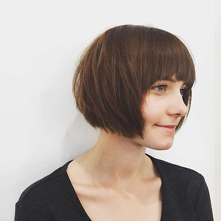 4-short-dark-hairstyles