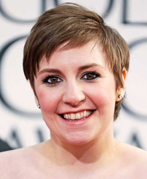 Short Haircuts for Round Face-6