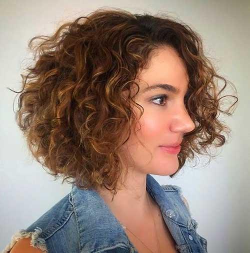 Curly Short Frisuren, die Sie lieben werden