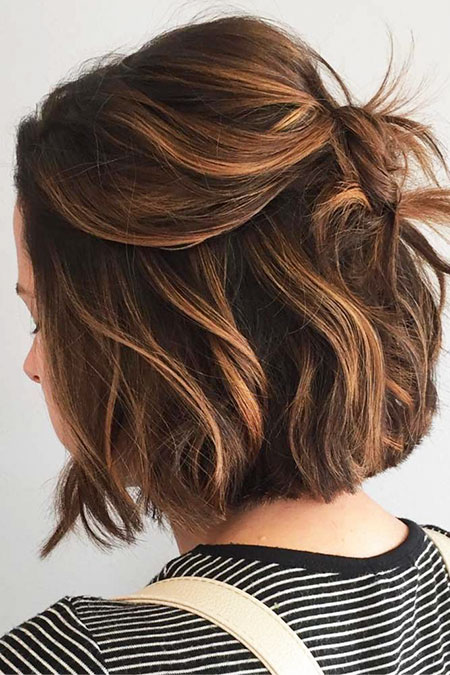 Brown Highlights Hair Layered