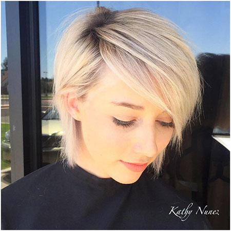 Bob Blonde Short Hairtyle