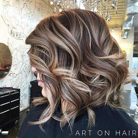 Medium Short Brown Hair With Blonde Highlights Short