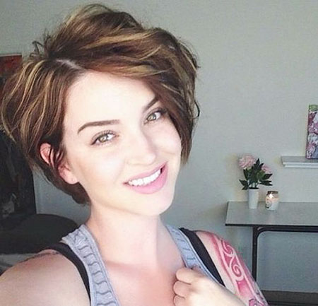 Pixie Wavy Short Hair