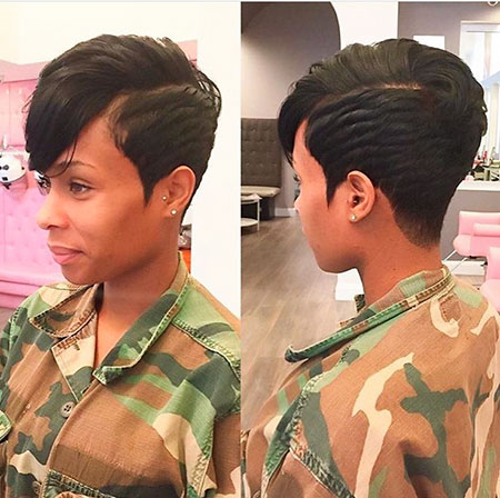 21-Short-Haircuts-for-Black-Women-483