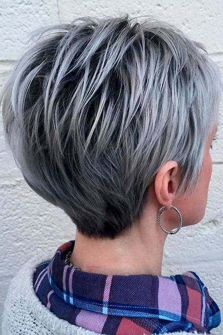 31-Short-Haircuts-2017-for-Older-Women-536
