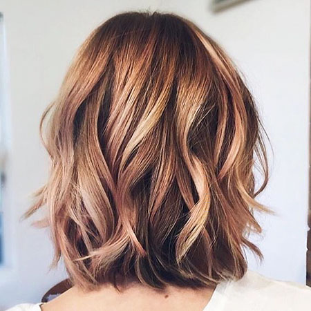 Balayage Wavy Medium Hair
