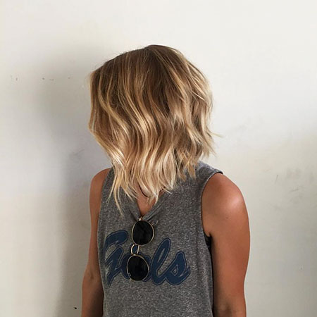 Bob Balayage Waves Loose
