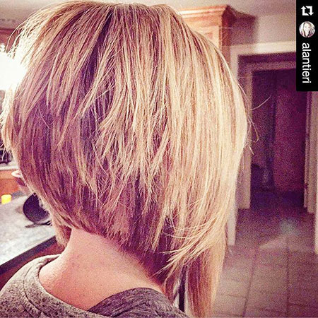 Cute Short Haircuts for Women, Bob Inverted Hair Blonde