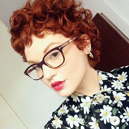 Curly Pixie Short Hairtyles