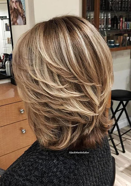 Layered Hairtyles Medium Blonde