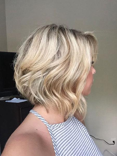 17-Cute-Short-Haircuts-for-Women-328