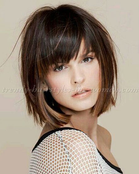 2-Short-Layered-Hairtyles-with-Bangs-343