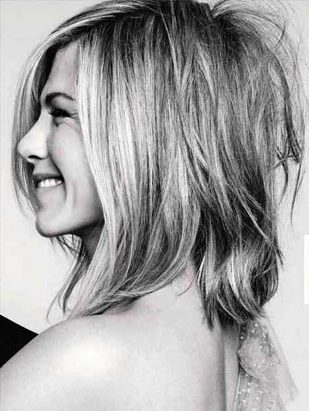 Short Bob Balayage Aniston