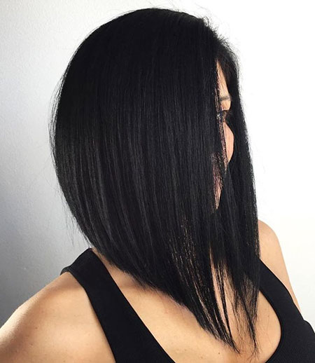Bob Angled Black Layered