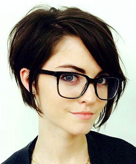 26-Short-Hair-Round-Face-337