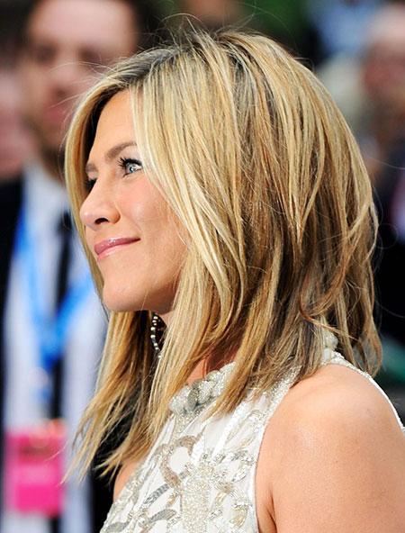 28-Jennifer-Aniston-Haircut-2018-309