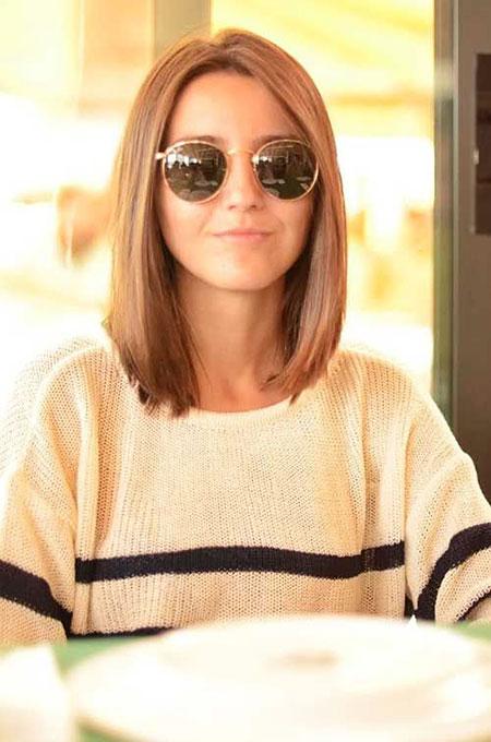 1-Short-Hairtyles-for-Straight-Hair-342
