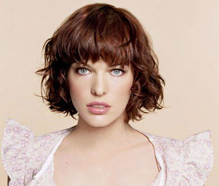 13-Short-Wavy-Hairtyles-with-Bangs-492
