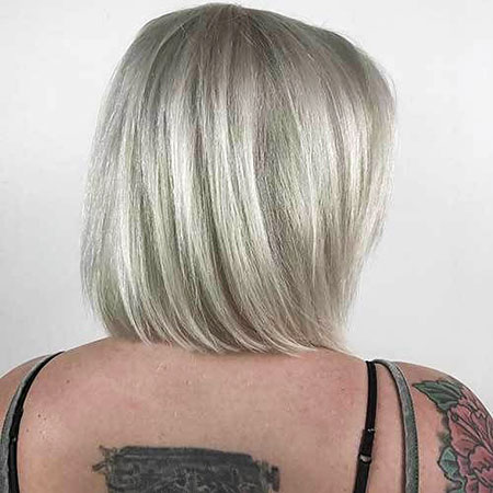 14-Short-Hairtyle-for-Straight-Hair-355
