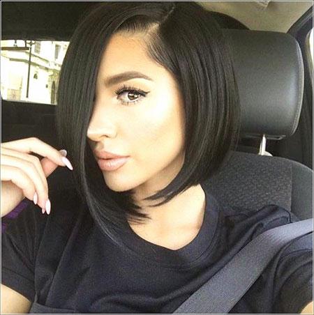 Hair Bob Kylie Makeup