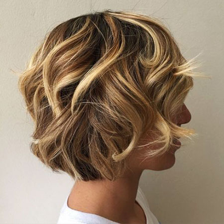 Layered Bob Brown Curly