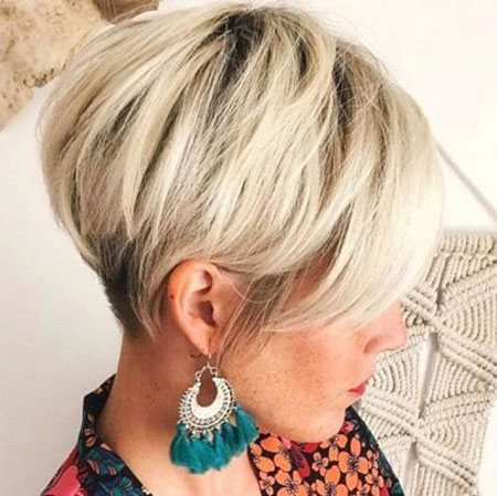 18-Short-Hair-with-Layers-384