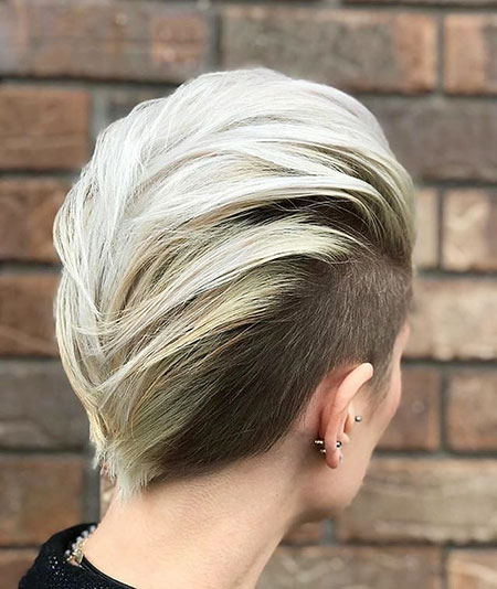 Blonde Pixie Short Bob