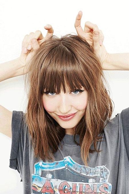 4-Shoulder-Length-Hair-with-Bangs-423