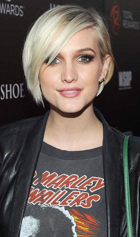 5-Short-Hairtyles-for-Straight-Hair-346