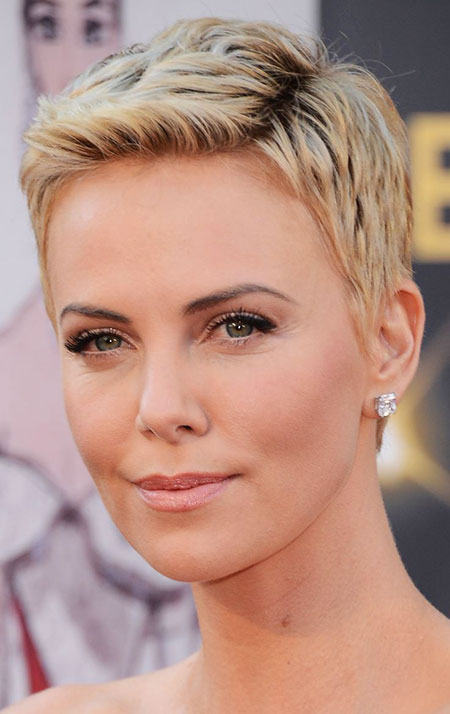 20 Short Hairstyles For Oval Faces Short Hairstyles
