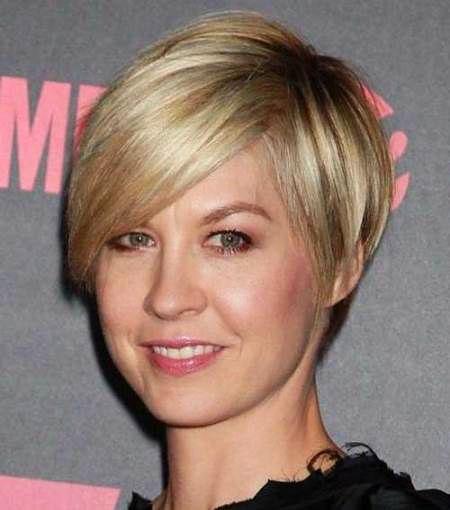 8-Short-Haircut-Style-for-Thin-Hair-329