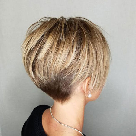 Pixie Blonde Layers Caramel
