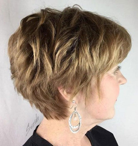Pixie Layered Short Hair